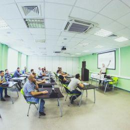 Проведено обучение специалистов дилерских центров LADA