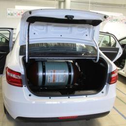 Автопробег на метановых автомобилях прибыл на производство резидента технопарка