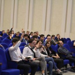 18 октября одновременно в СамГТУ и технопарке «Жигулевская долина», совместно с «Кванториум-63 регион» стартовал образовательный проект «Венчурный акселератор»