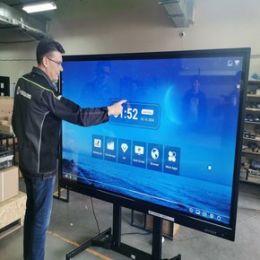 Резидент технопарка «Жигулевская долина» создает инновационные интерактивные панели двойного назначения