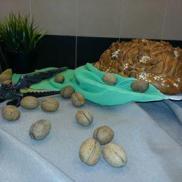 Орехово-хлебное лакомство